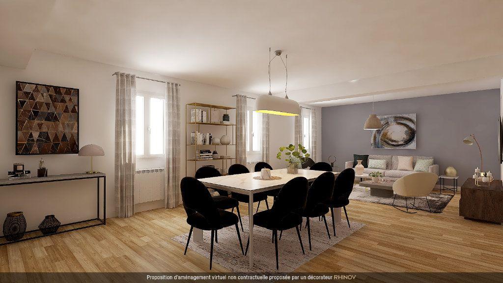 Appartement à vendre 4 120m2 à Tournon-sur-Rhône vignette-9