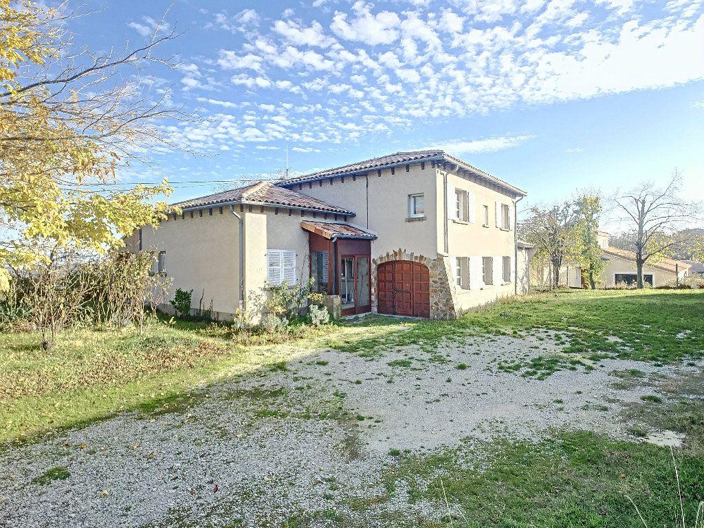 Maison à vendre 8 220m2 à Bozas vignette-1