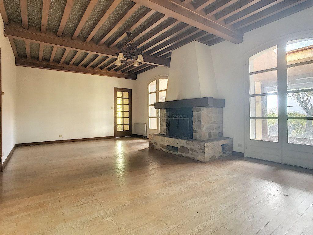 Maison à vendre 8 220m2 à Bozas vignette-4