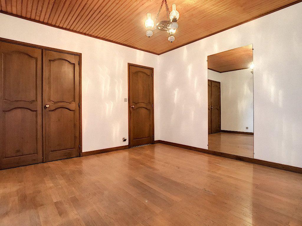 Maison à vendre 8 220m2 à Bozas vignette-7