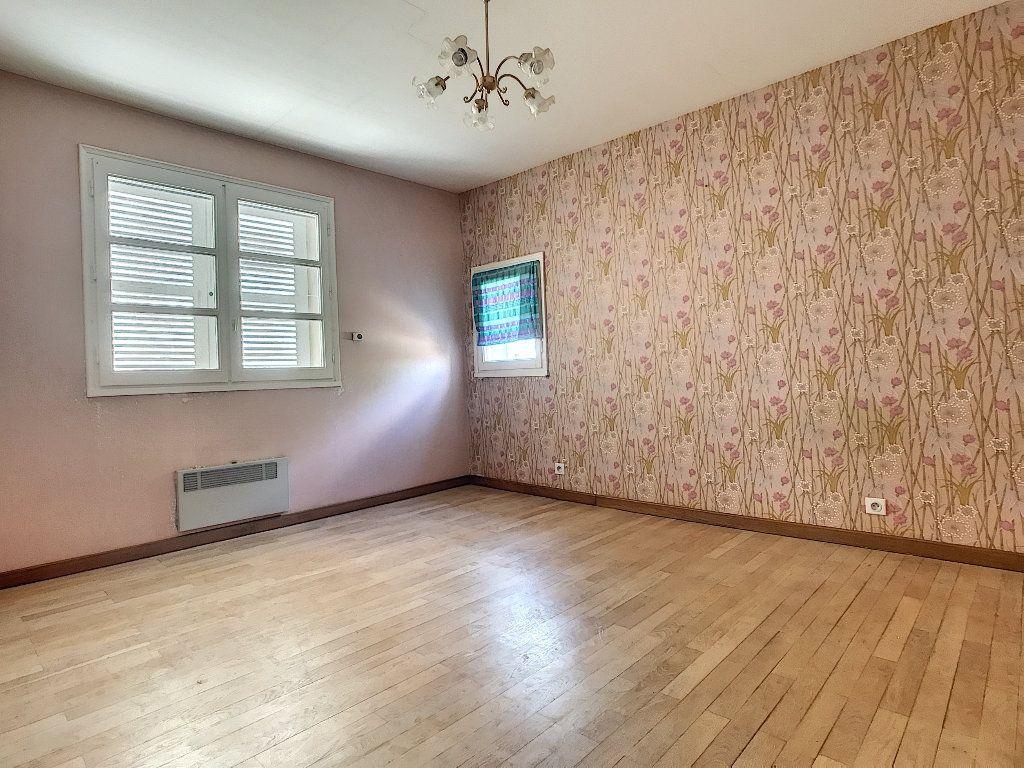Maison à vendre 8 220m2 à Bozas vignette-9