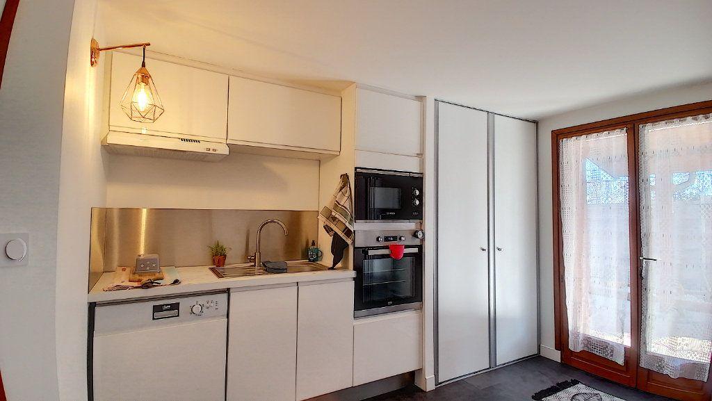 Maison à vendre 6 130m2 à Lemps vignette-6