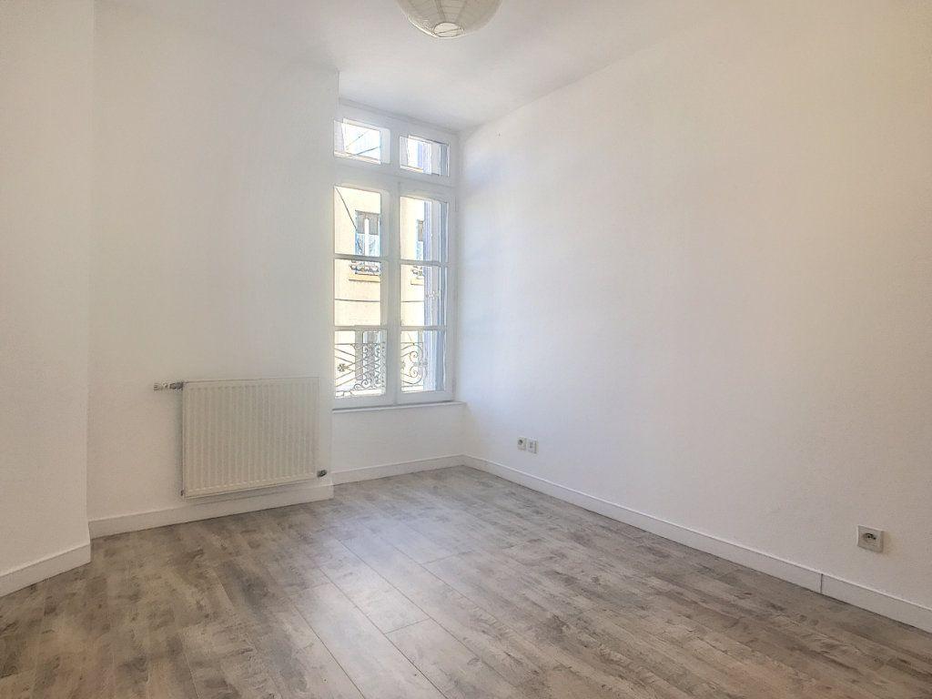 Appartement à louer 3 59.06m2 à Tain-l'Hermitage vignette-4