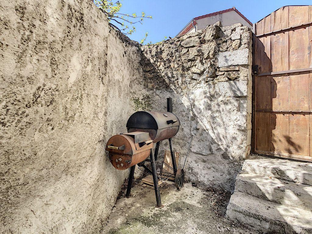 Maison à vendre 6 185m2 à Colombier-le-Jeune vignette-6