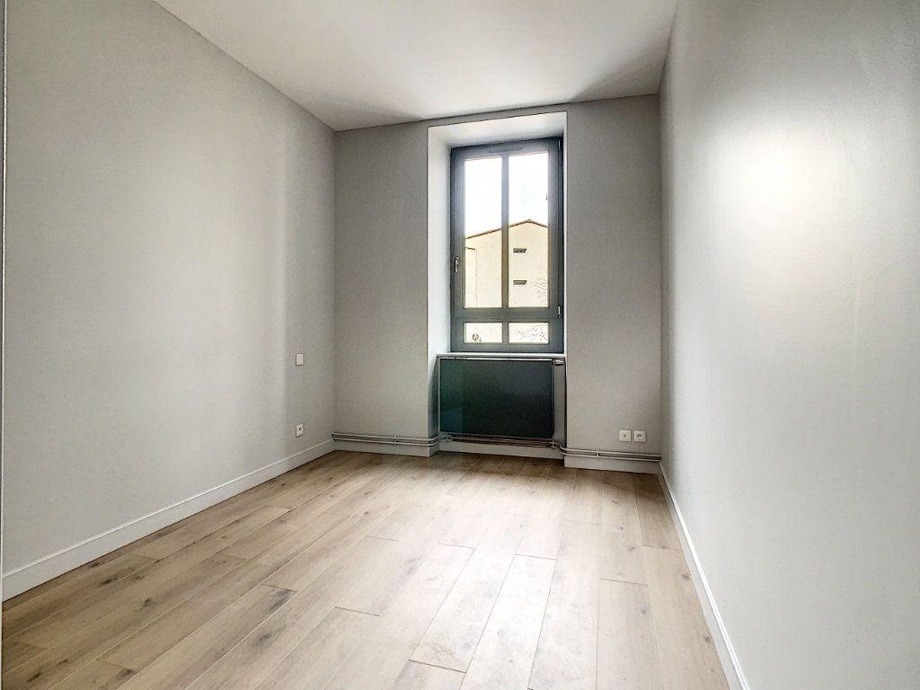 Appartement à louer 4 89m2 à Tain-l'Hermitage vignette-7