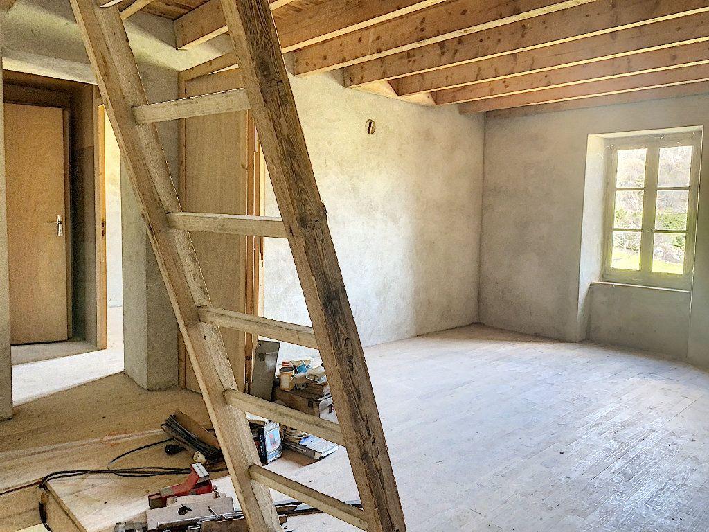 Maison à vendre 5 102m2 à Pailharès vignette-5