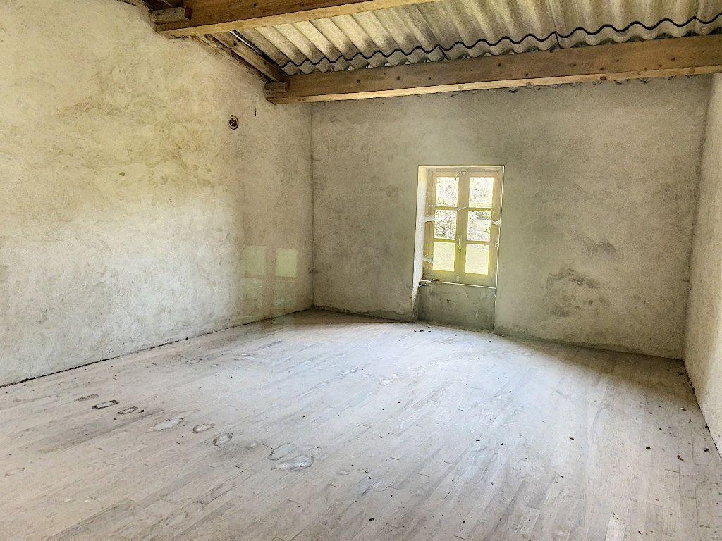 Maison à vendre 5 102m2 à Pailharès vignette-9