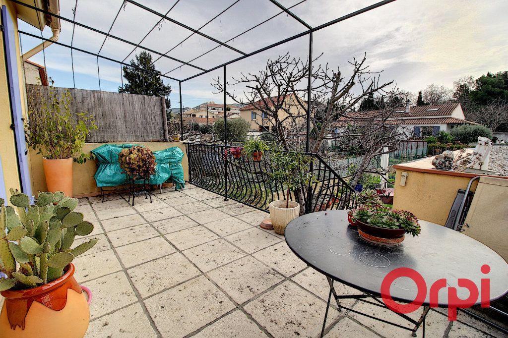 Maison à vendre 4 138m2 à Marseille 9 vignette-8