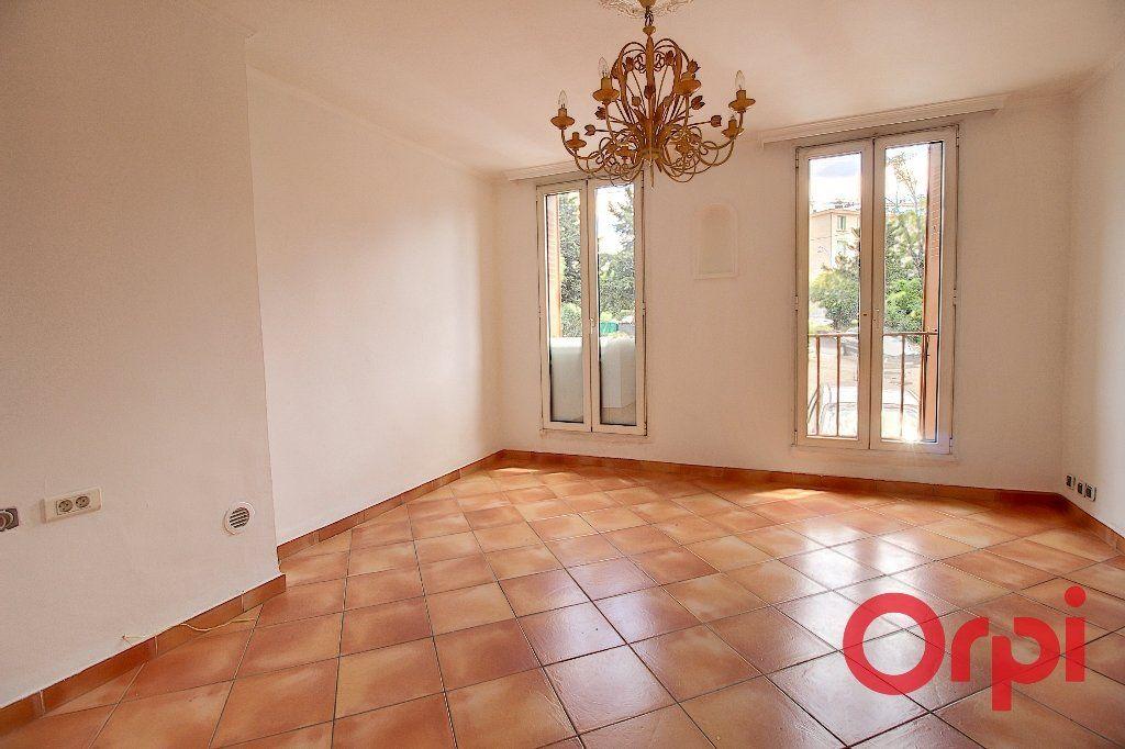 Appartement à vendre 4 69m2 à Marseille 9 vignette-1