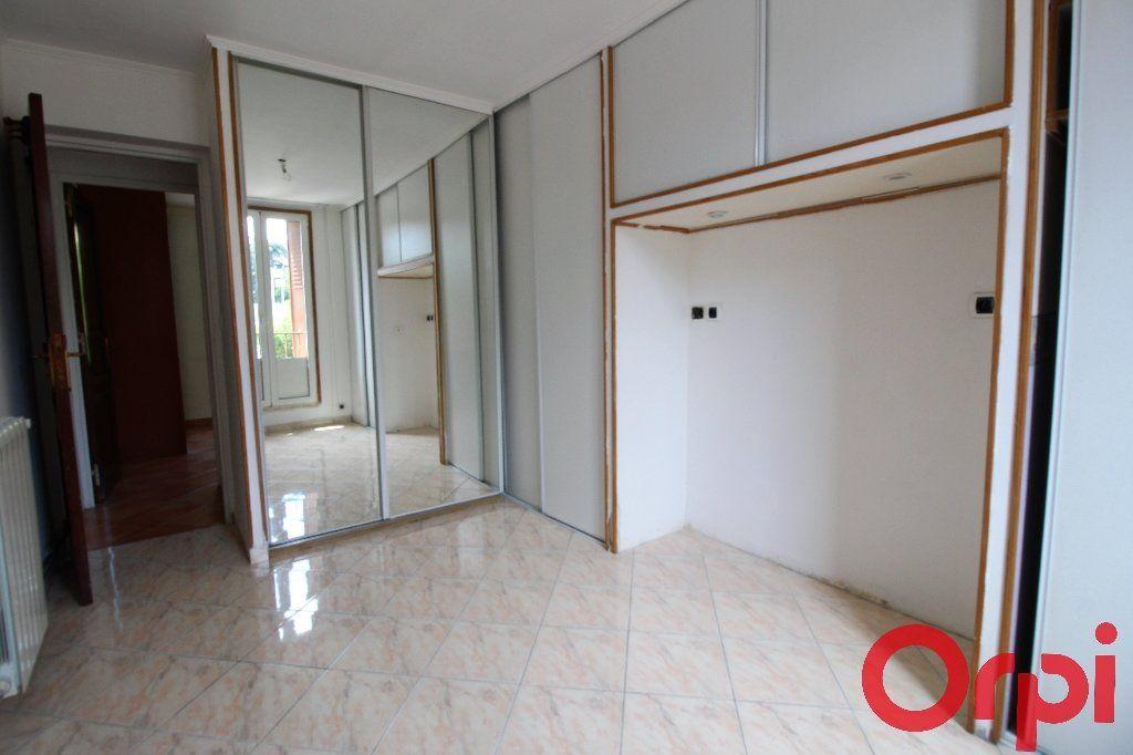 Appartement à vendre 4 69m2 à Marseille 9 vignette-4