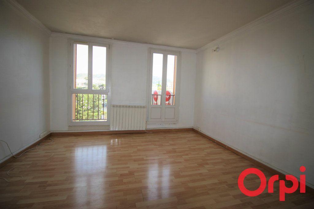 Appartement à vendre 4 66m2 à Marseille 9 vignette-1