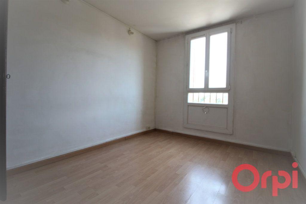 Appartement à vendre 4 66m2 à Marseille 9 vignette-6