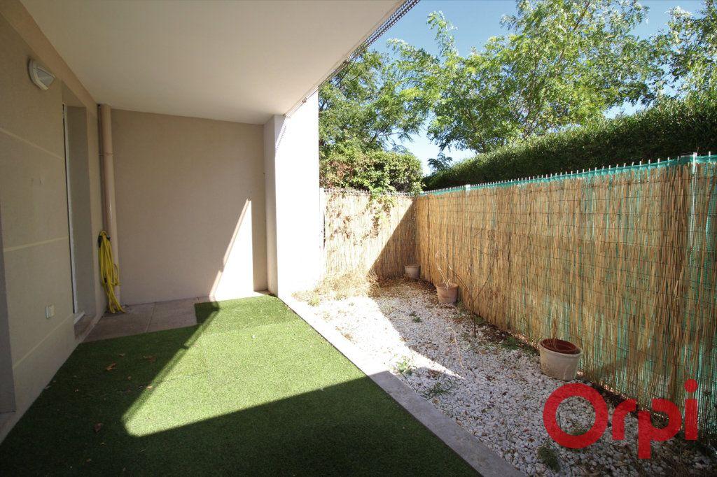 Appartement à vendre 3 62m2 à Marseille 9 vignette-3