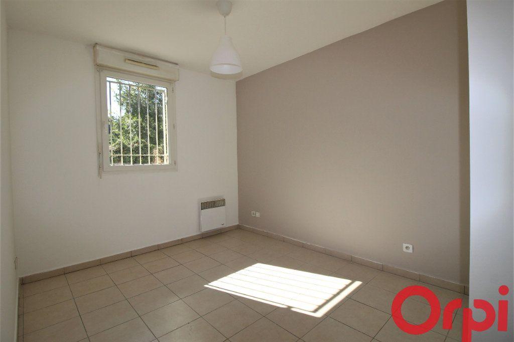 Appartement à vendre 3 62m2 à Marseille 9 vignette-5