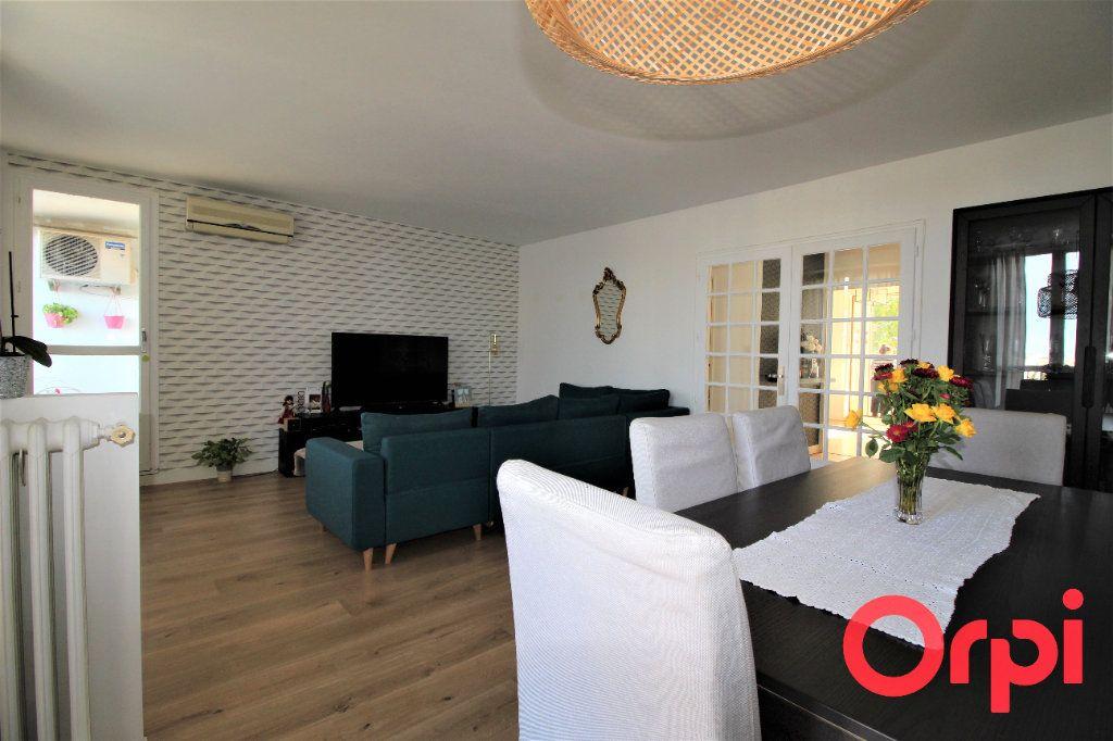 Appartement à vendre 4 83m2 à Marseille 10 vignette-1