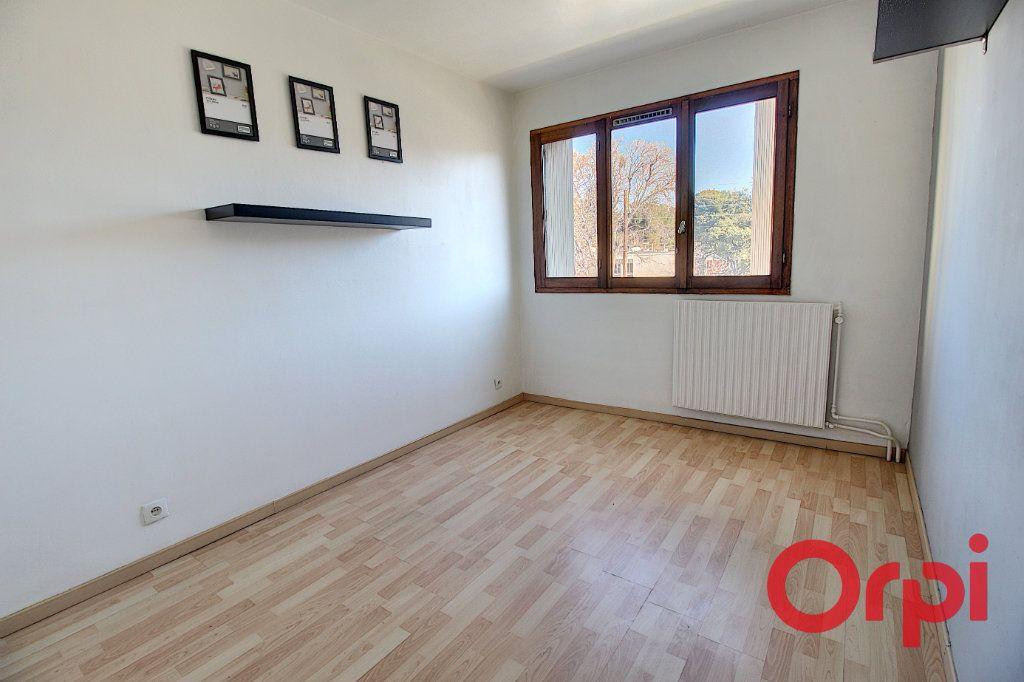 Appartement à vendre 3 63m2 à Marseille 9 vignette-4