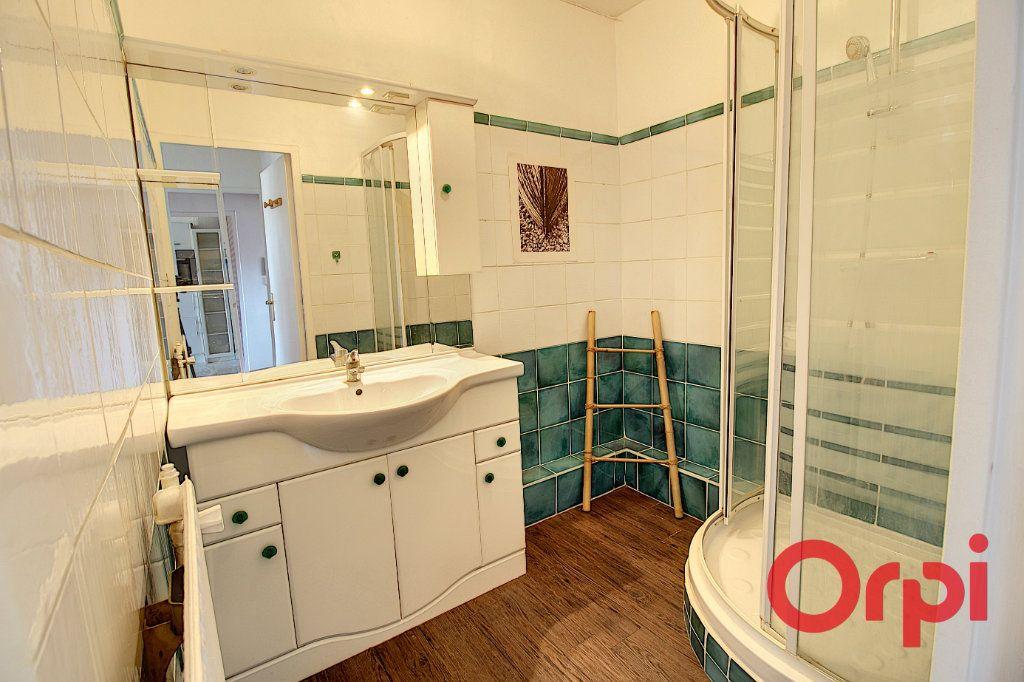 Appartement à vendre 3 63m2 à Marseille 9 vignette-5
