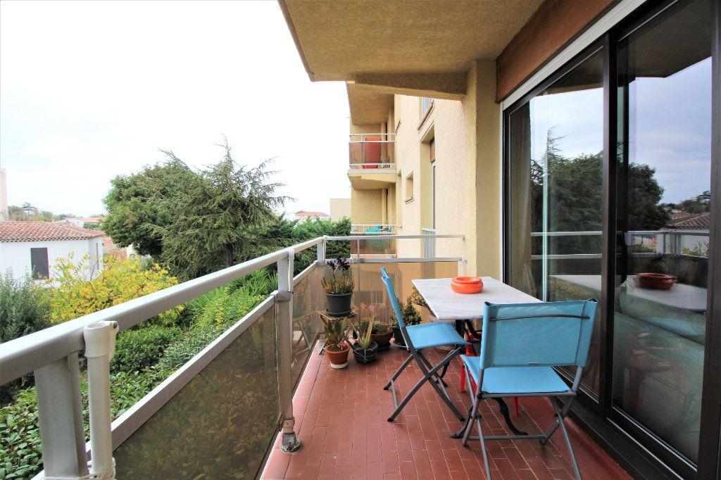 Appartement à vendre 4 91.78m2 à Marseille 9 vignette-1