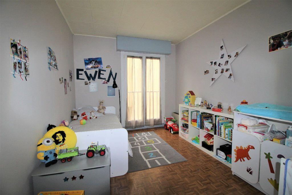Appartement à vendre 4 91.78m2 à Marseille 9 vignette-6