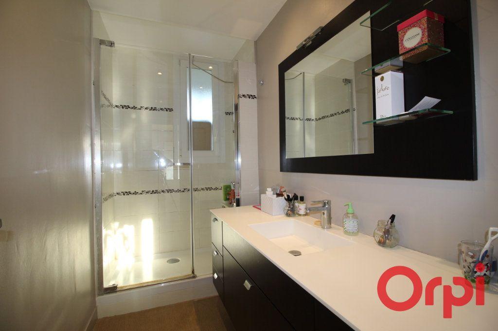 Appartement à vendre 3 60m2 à Marseille 9 vignette-5