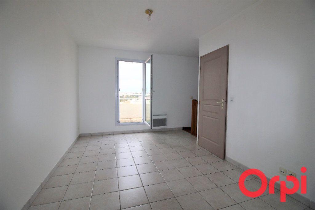 Appartement à vendre 2 39m2 à Marseille 10 vignette-4