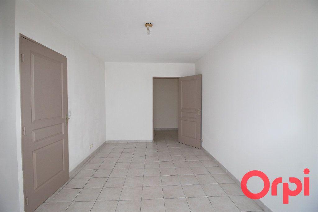 Appartement à vendre 2 39m2 à Marseille 10 vignette-5