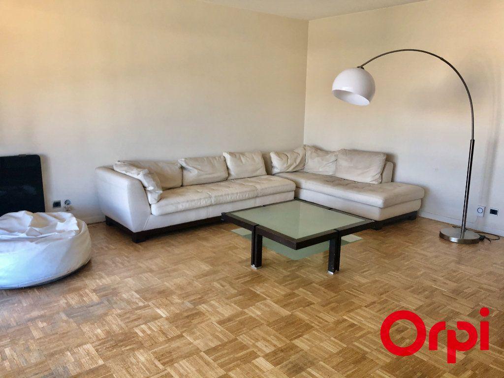 Appartement à vendre 3 79.56m2 à Marseille 9 vignette-2