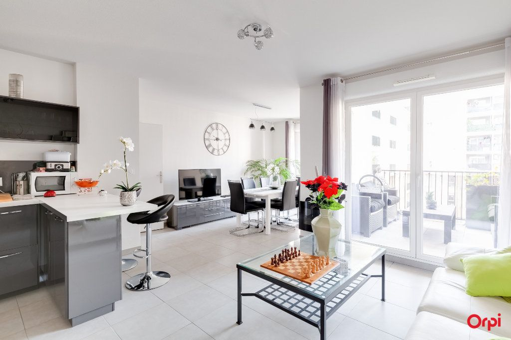 Appartement à vendre 2 57m2 à Marseille 10 vignette-1