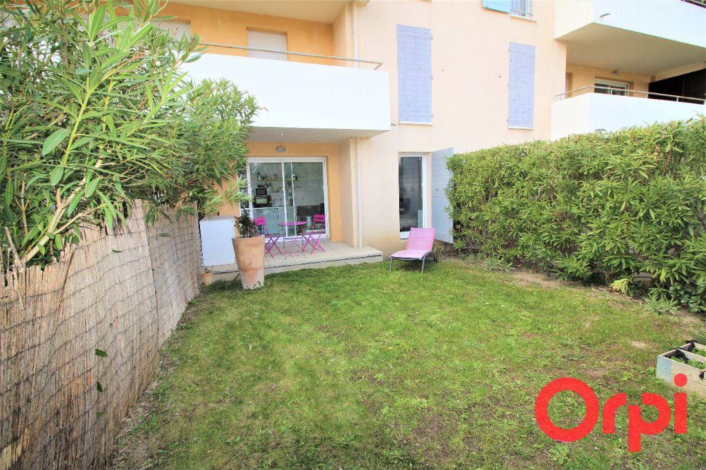 Appartement à vendre 2 36m2 à Aix-en-Provence vignette-1