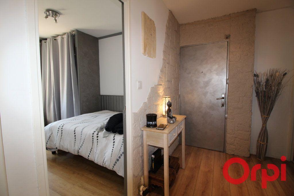 Appartement à vendre 4 70m2 à Aix-en-Provence vignette-4