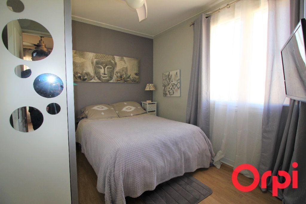 Appartement à vendre 4 70m2 à Aix-en-Provence vignette-8