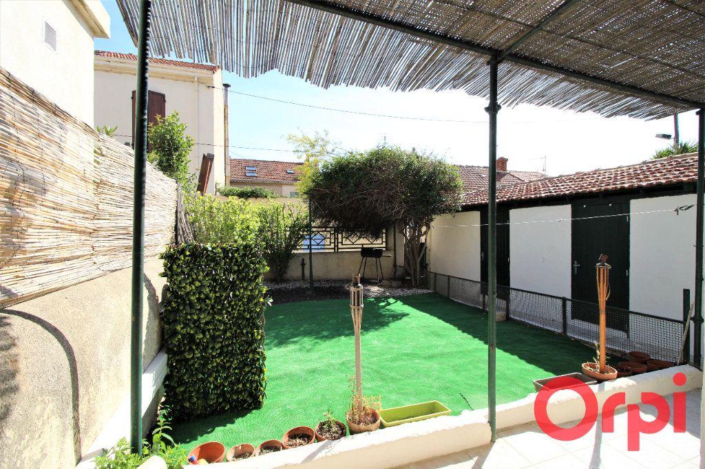 Maison à vendre 4 80m2 à Marseille 16 vignette-1