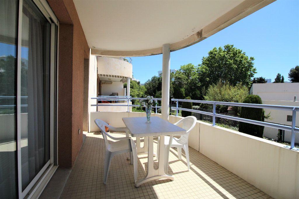 Appartement à vendre 4 82m2 à Marseille 9 vignette-1