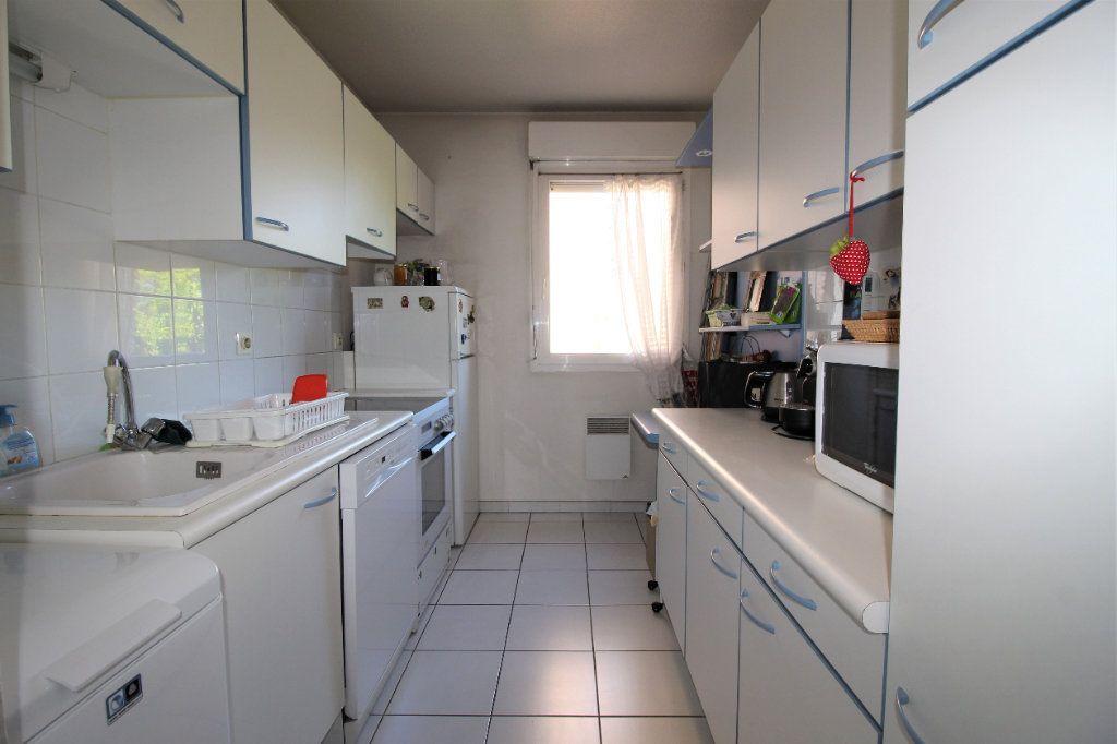 Appartement à vendre 4 82m2 à Marseille 9 vignette-3