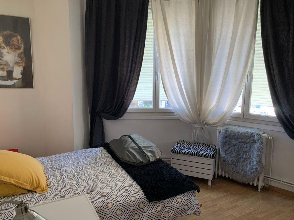 Appartement à louer 4 86m2 à Marseille 9 vignette-5