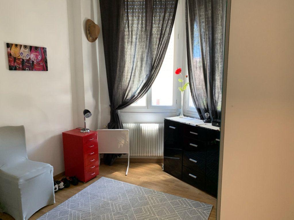Appartement à louer 4 86m2 à Marseille 9 vignette-6