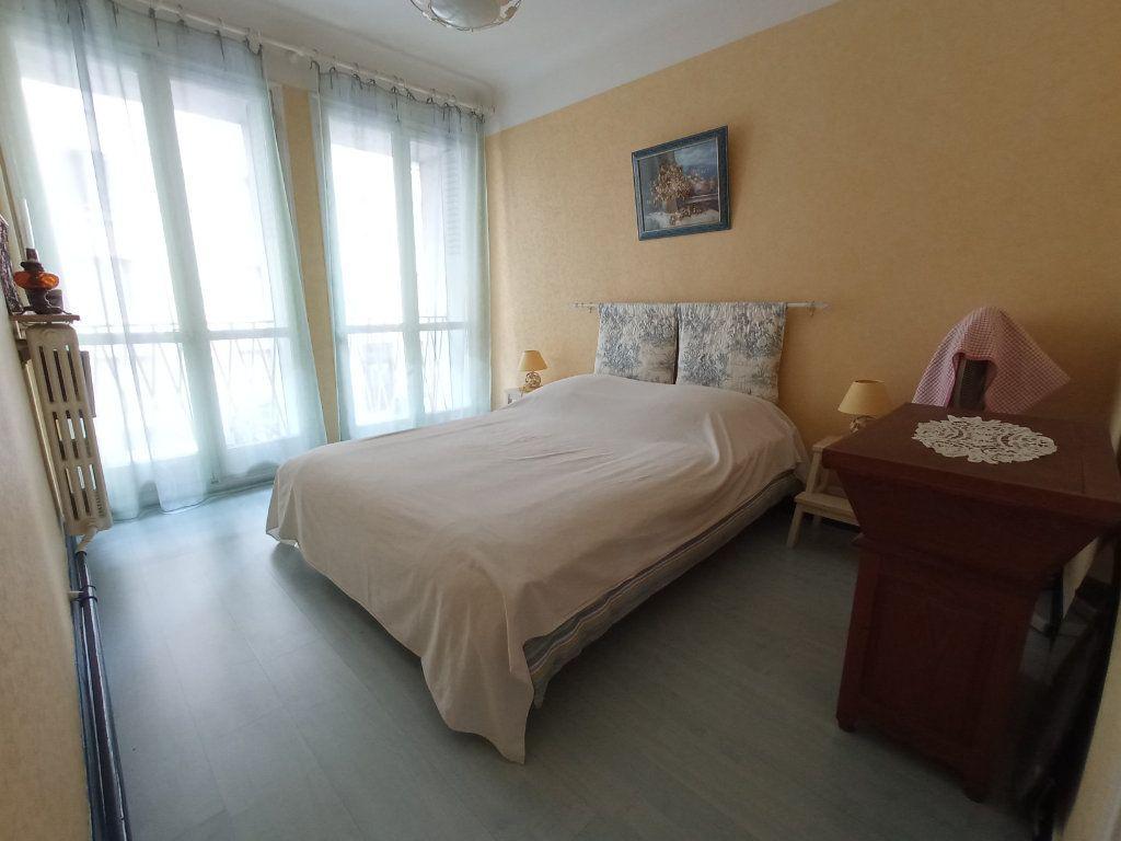 Appartement à vendre 4 76m2 à Marseille 4 vignette-5