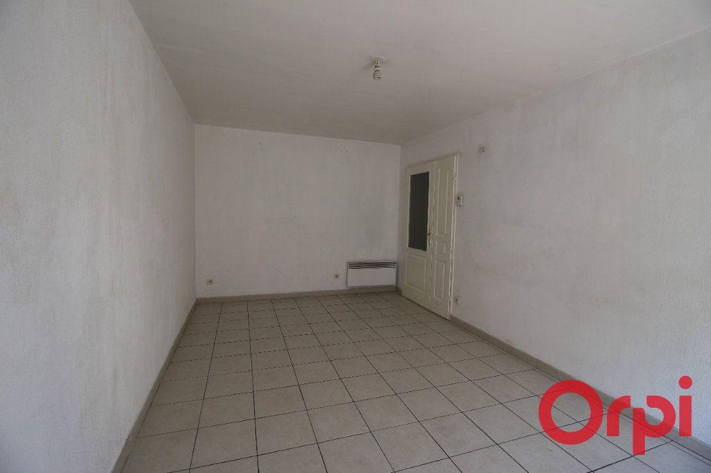 Appartement à vendre 2 42m2 à Marseille 10 vignette-2