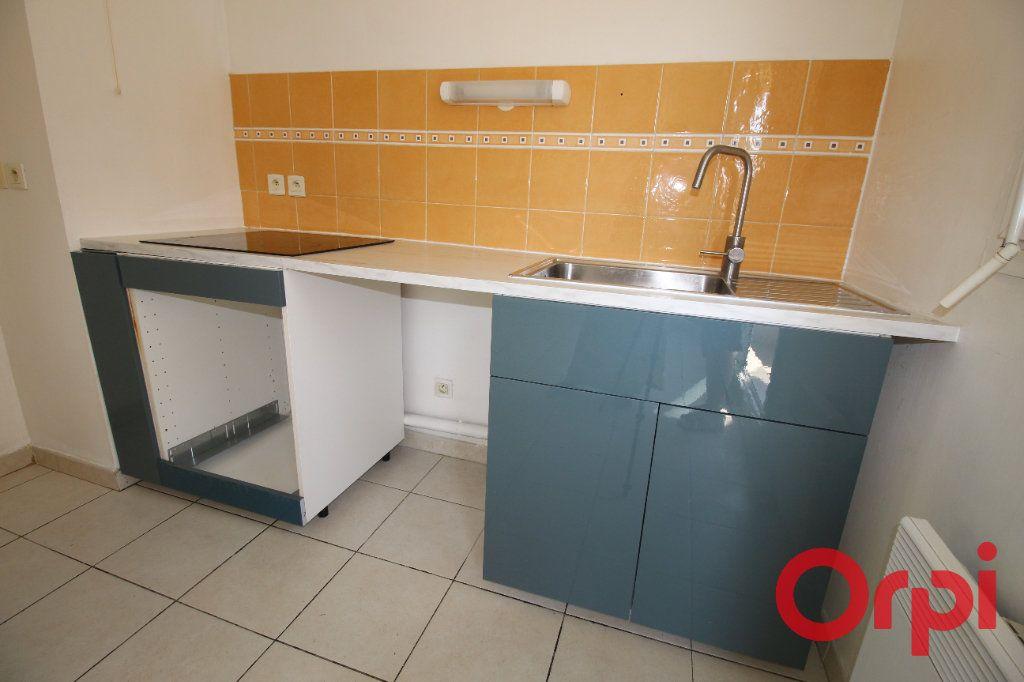 Appartement à vendre 2 42m2 à Marseille 10 vignette-3
