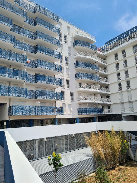 Appartement à vendre 4 82m2 à Marseille 8 vignette-9