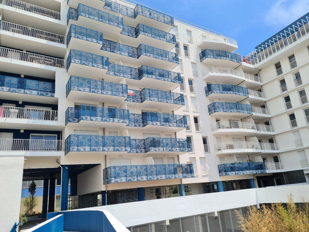 Appartement à vendre 4 82m2 à Marseille 8 vignette-10