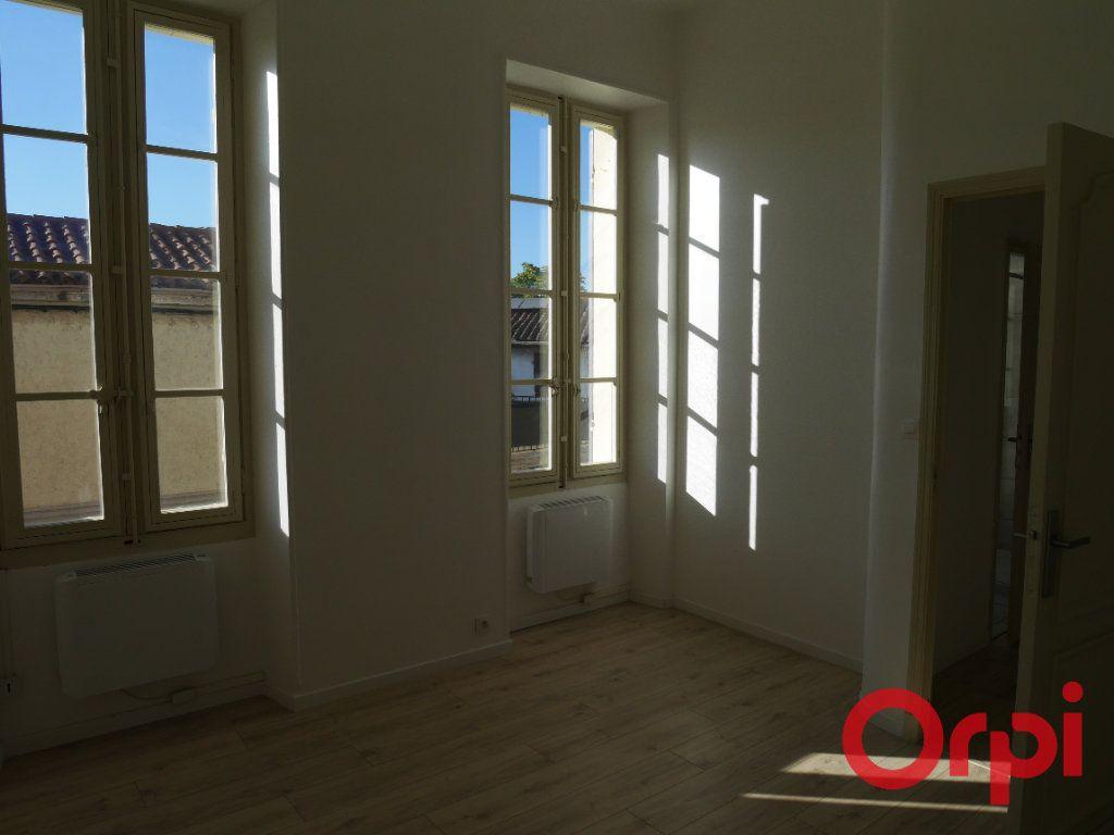 Appartement à louer 4 90m2 à Marseille 9 vignette-8