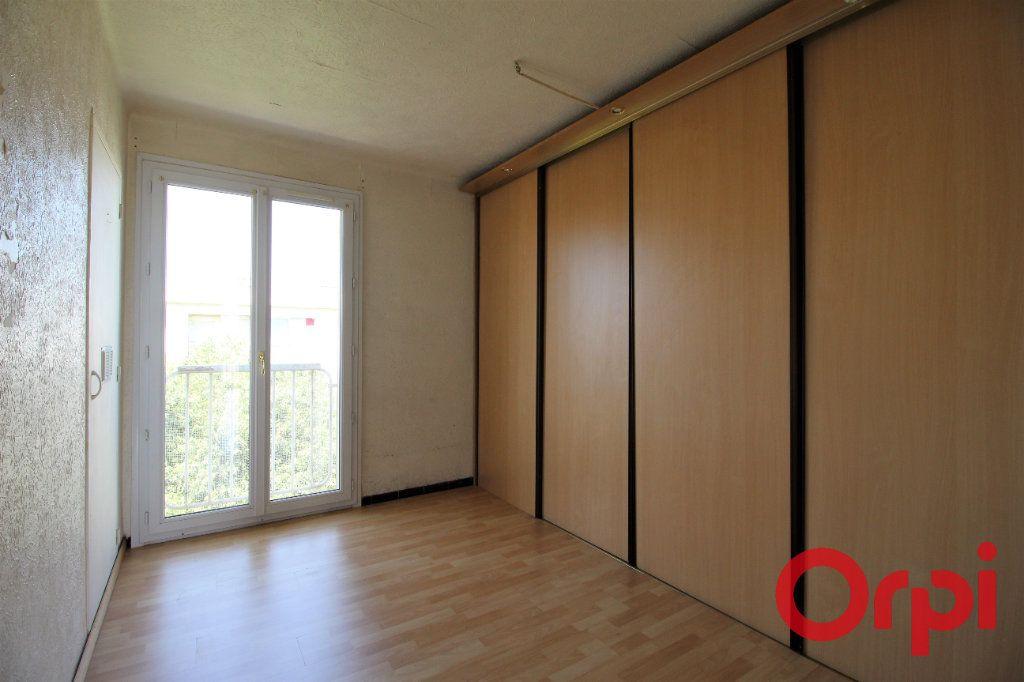 Appartement à vendre 3 53m2 à Marseille 9 vignette-3