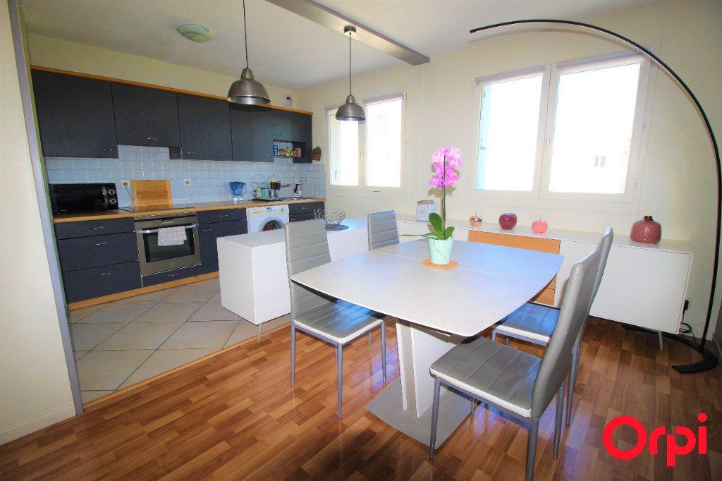Appartement à vendre 4 78m2 à Marseille 9 vignette-3