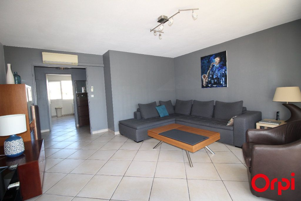 Appartement à vendre 4 78m2 à Marseille 9 vignette-5