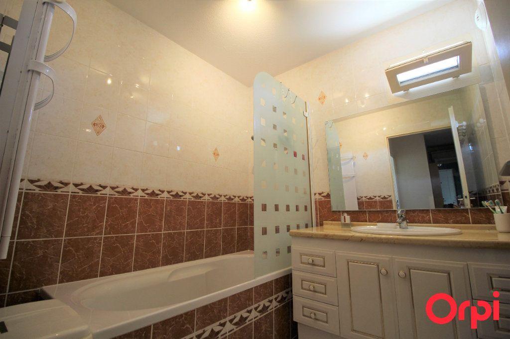 Appartement à vendre 4 78m2 à Marseille 9 vignette-8