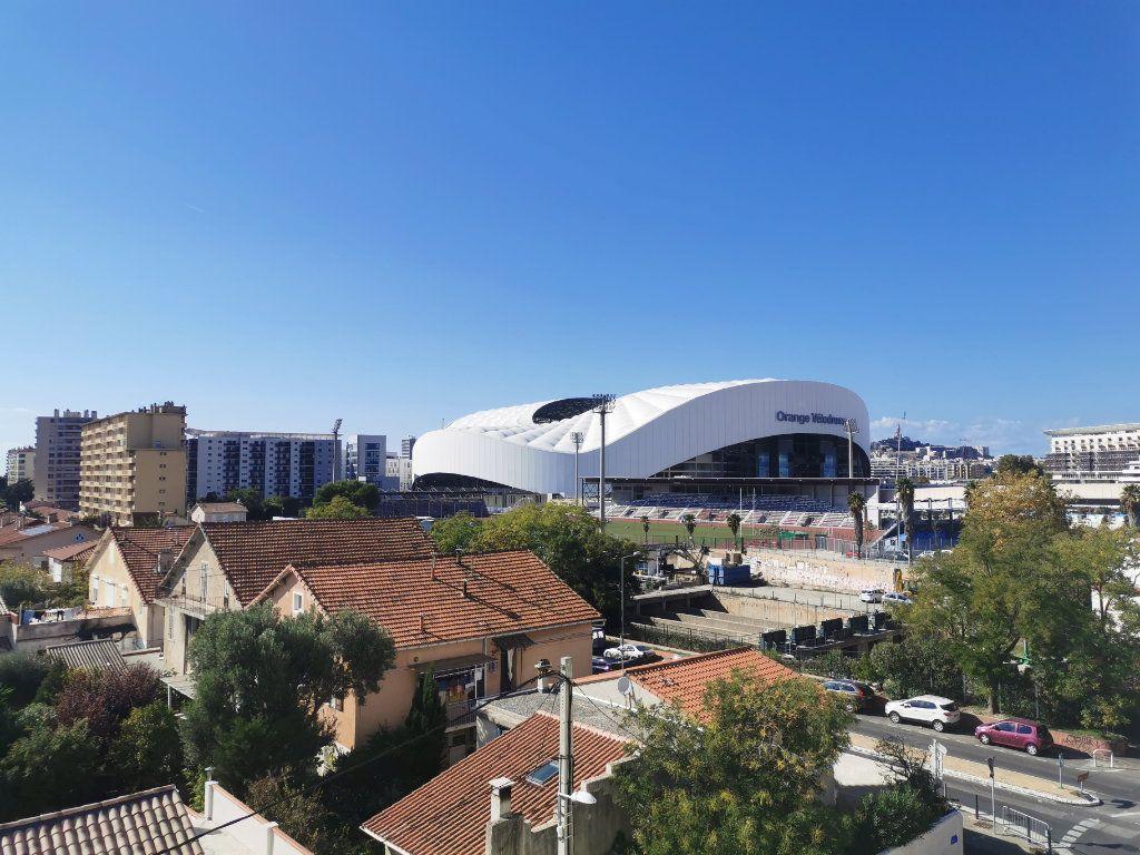 Appartement à louer 3 63m2 à Marseille 9 vignette-2
