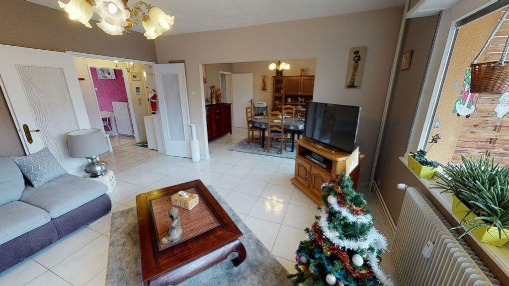 Appartement à vendre 4 80m2 à Hoenheim vignette-2