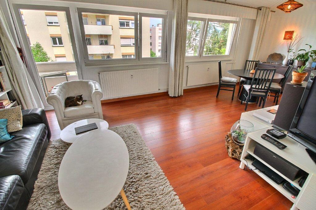 Appartement à vendre 4 80.16m2 à Bischheim vignette-3
