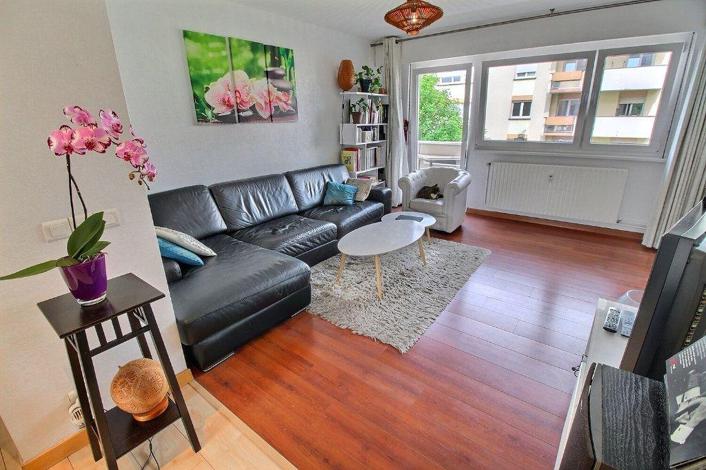 Appartement à vendre 4 80.16m2 à Bischheim vignette-4